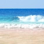 夏だ、水着だ。海へ行こう!でも、気になる胸の悩みの解消法!