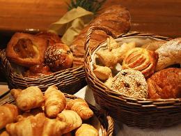 朝食ビュッフェ風景 パン