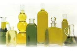知ってる?オリーブオイルの驚くべき効能!ダイエット・便秘・髪・肌に効果抜群の万能油!